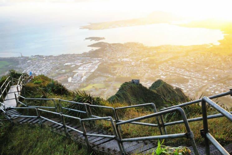 Haiku Stairs - Stairway To Heaven