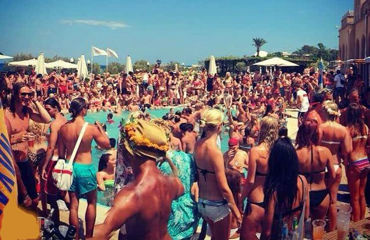Rhodos Pool party